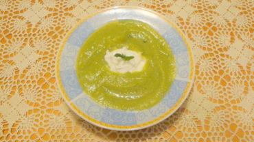 Supa de dovlecei velute (crema)