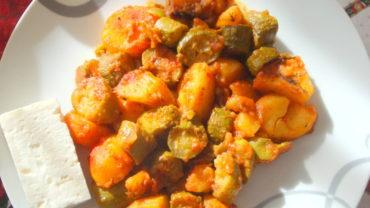 Dovlecei cu cartofi la cuptor  (Briam)