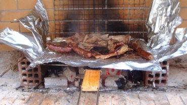 Tsiknopempti sau Joia friptului, obiceiuri si traditii grecesti