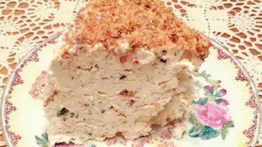 Tort de inghetata cu nuci caramelizate, bezele si ciocolata – Armenovil